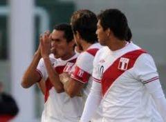 Перу неожиданно проходит Колумбию!!!