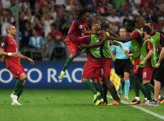 Португалия обыгрывает Польшу в серии пенальти и выходит в полуфинал Евро