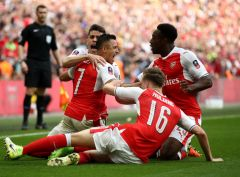 Арсенал проходит в финал Кубка Англии
