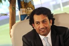 Шейх Аль-Туни денег на Малагу не жалеет