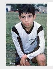 Карлос Тевес в детстве фото