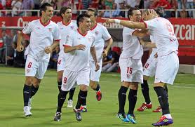 Севилья только что забила первый гол Малаге